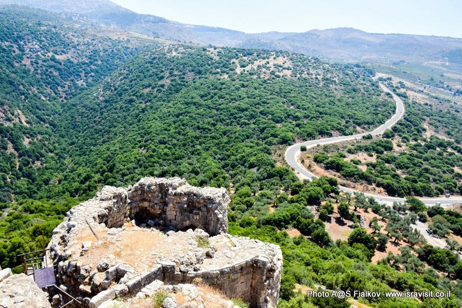 Туризм в Израиле. Верхняя Галилея - вид из крепости Нимрод.
