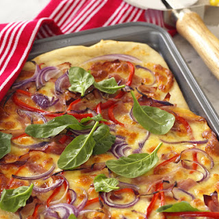 Red Onion, Pepper and Ham Pizza