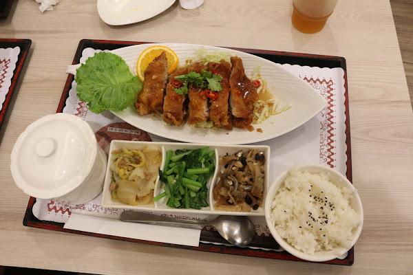 轉角食堂精緻簡餐火鍋魚料理 簡易配餐也能很滿足