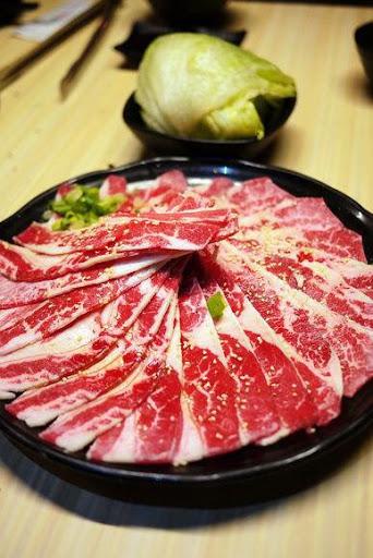 最愛的日式燒肉店 韓式拌飯必吃