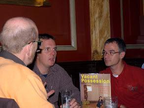 Photo: BGV visit 03 - Englisches Bier wird am Kollegen getestet - photo miltoncontact.com