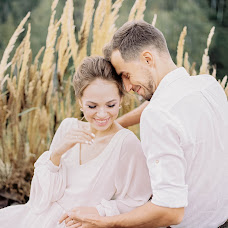 Wedding photographer Anastasiya Bryukhanova (BruhanovaA). Photo of 17.09.2017