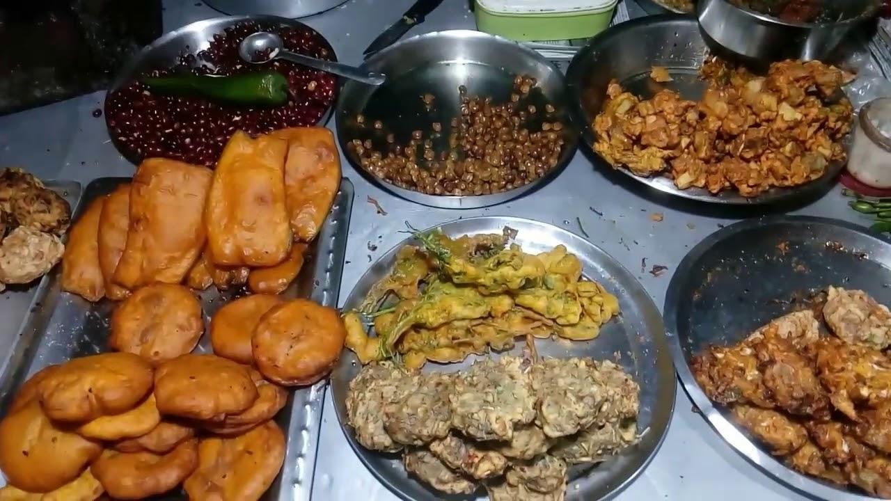 Street Food (Telebhaja) Of Tarapith - YouTube