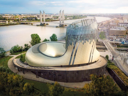 Win a 3-Night Cultural Extravaganza in the Bordeaux Region Worth €1,825