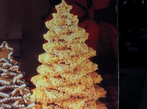 Crispy cereal star tree. Use your favorite rice cereal treat recipe, and rainbow nonpareil...