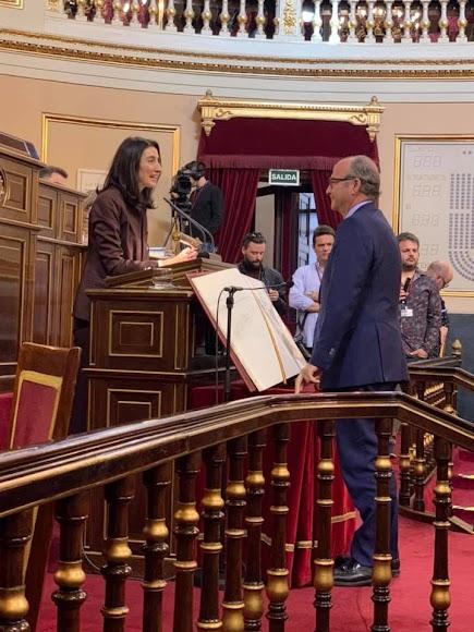 Luis Rogelio Rodríguez-Comendador vuelve al Senado.