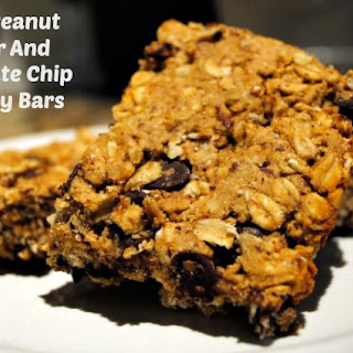 Energy Bars with Oats, Peanut Butter and Chocolate Chips