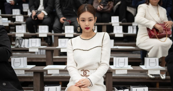 0451a01f2a798 BLACKPINK's Jennie Blinded Everyone with Her Presence at Paris Fashion Week