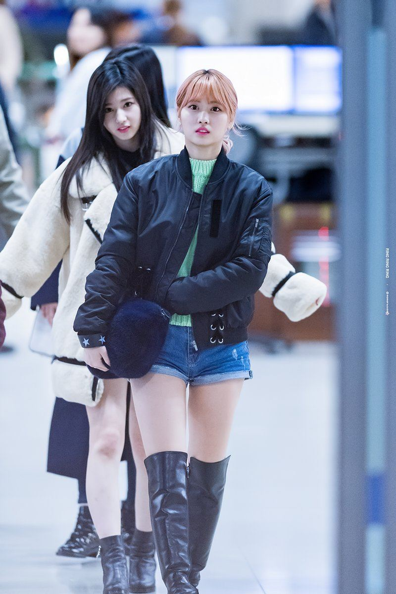 Everyone Should Be Dressing Like Twice Momo Here S Proof