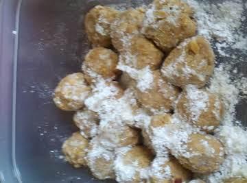 Peanut Butter Snowballs (no bake)