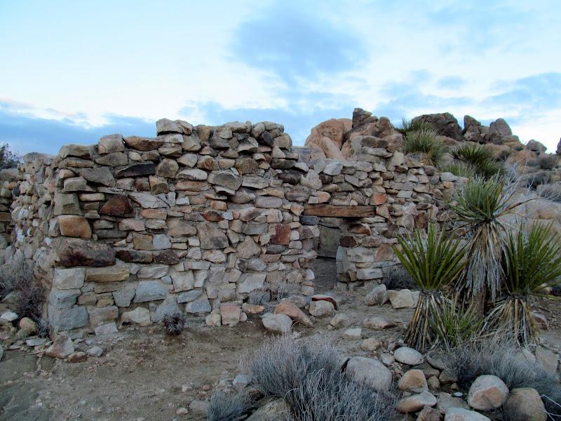 Photo: Stone building near Desert Queen Mine