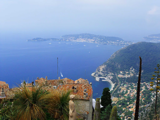 France-Eze.jpg - The medieval town of Eze offers spectacular views of the Cote d'Azur, France.
