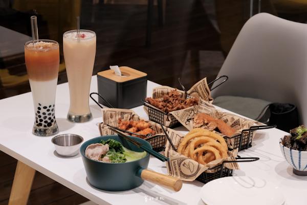 雞茶大隊 ThirsTea|台中西區美食|吃著豆乳炸雞、喝著一杯茶,談著我們一起旅遊過的美好曾經