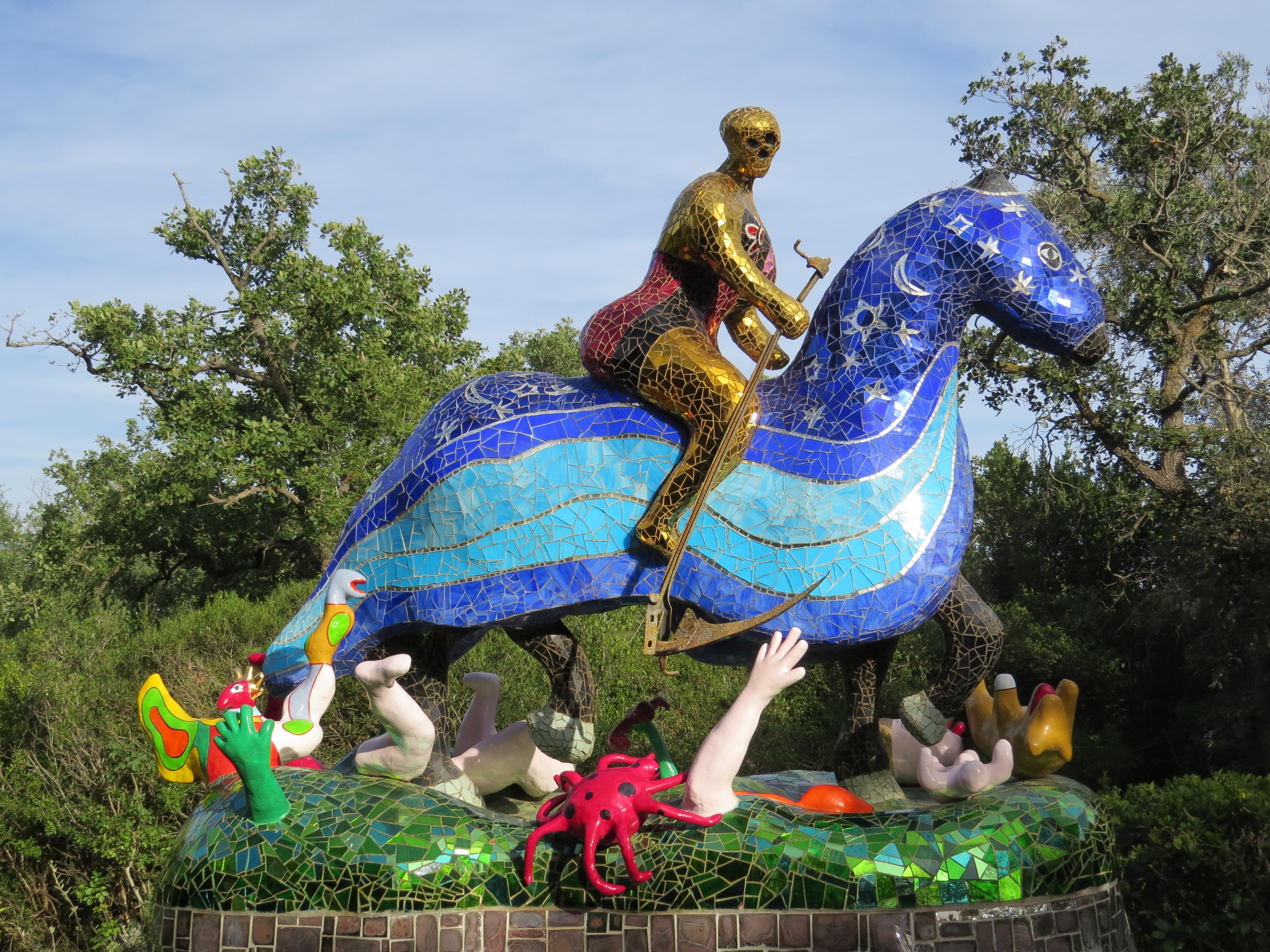 Niki de Saint Phalle, La Morte (particolare), Giardino dei Tarocchi, Capalbio