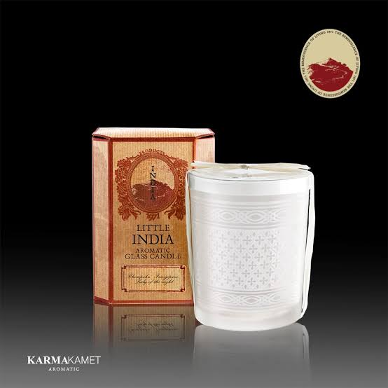 2. Karmakamet Little India Glass Candle