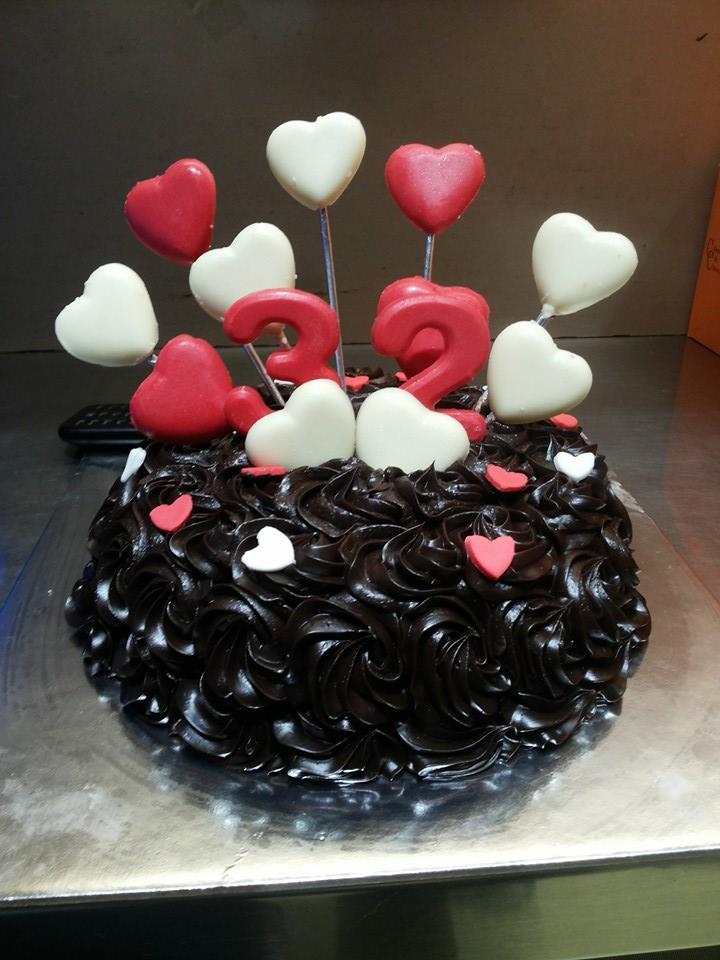 best-cake-shops-mumbai-dark-temptations_image