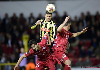 Zulte Waregem en Vitesse Arnhem delen de punten in sfeerrijke en spannende ontmoeting: 1-1
