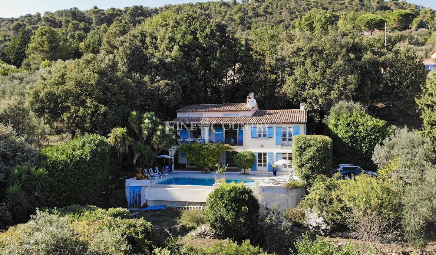 Villa with pool and terrace Le Tignet
