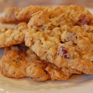Oatmeal White Chocolate Chip and Cranberry Cookies