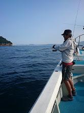 """Photo: 初乗船の""""スギオカさん""""もフィーッシュ!"""