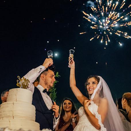 Wedding photographer Laurentiu Nica (laurentiunica). Photo of 13.01.2018