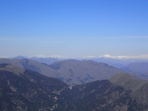 左から蕎麦粒山・部子山・銀杏峰・貝月山・姥ヶ岳・能郷白山など