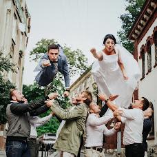 Wedding photographer Vitaliy Kadykalo (kadykalo). Photo of 02.10.2017