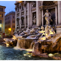 Trevi by night di
