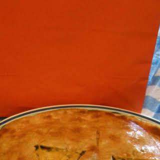 Jack O 'Lantern Cheeseburger Pie.