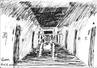 Photo: 巡邏2010.10.13鋼筆 一個個寂靜的夜裡,我走在漆黑的舍房走廊巡視著,十五分鐘一趟,再十五分鐘一趟…… 於是時光飛馳,我就這麼走過了十二個悶熱難熬的酷暑,以及十一個寒冷無情的嚴冬…