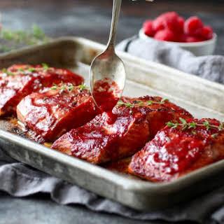 Raspberry Balsamic Glazed Salmon (Whole30).