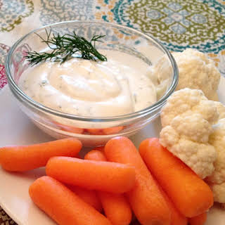 Summer Dairy-Free Dill Dip.