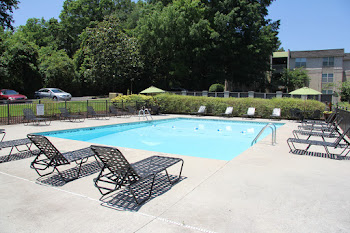 Go to Evergreen at Hickory Valley Apartments website