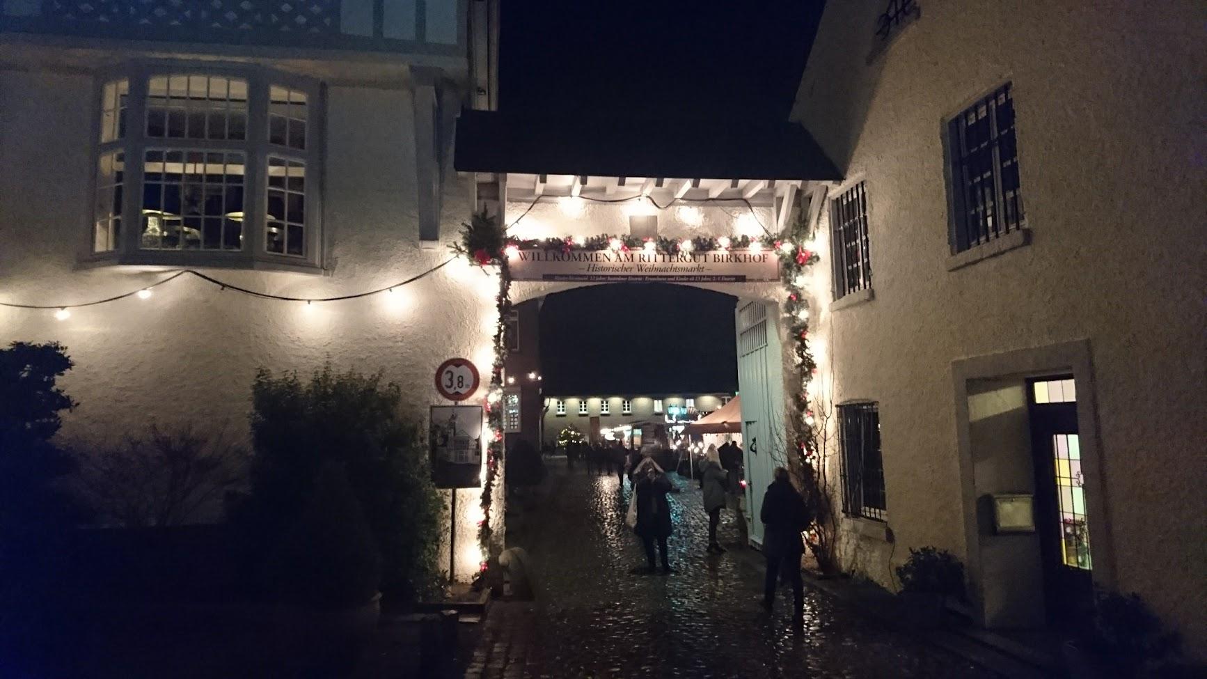 Historischer Weihnachtsmarkt Rittergut Birkhof Eingang
