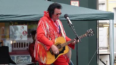 Photo: Elvis Imitator Jonny Winters
