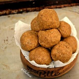 Gingerbread Protein Bites {vegan, soy-free, gluten-free}
