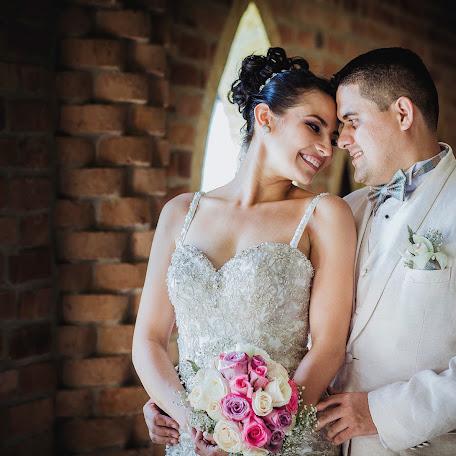 Wedding photographer Fernando alberto Daza riveros (FernandoDaza). Photo of 10.01.2018