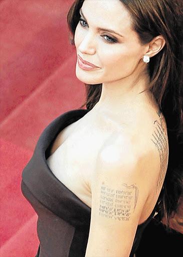 Angelina jolie boob pictures