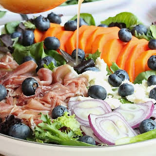 PAPAYA PROSCIUTTO AND BLUEBERRY SALAD WITH MAPLE SYRUP VINAIGRETTE.