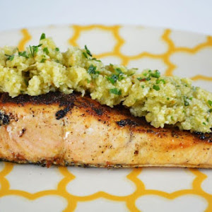 Grilled Salmon with almond sauce