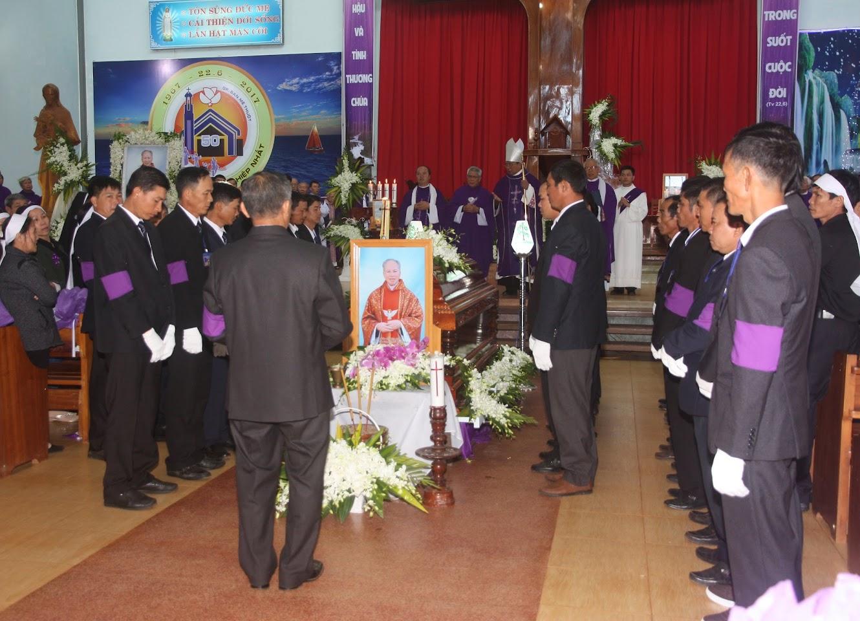 Thánh lễ an táng Cha Đaminh Vũ Đức Hậu - Giáo phận Ban Mê Thuột - Ảnh minh hoạ 10