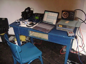 Photo: Estação de VHF, 6 e 2 metros