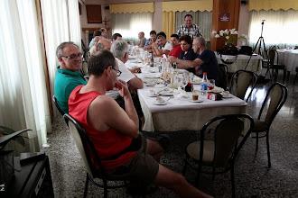 Photo: Las charlas en la mesa son de lo más productivas.