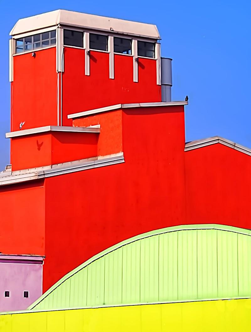 Architetture e ... colori di oscar_costantini