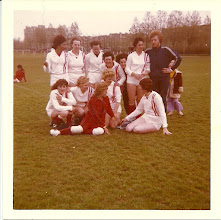 Photo: H.M.S.H. Dames ? seizoen 1974 - 1975