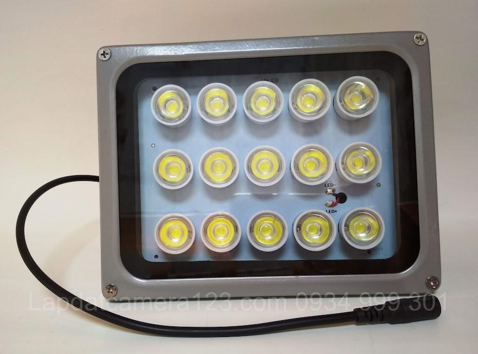 Đèn led camera xem đêm có màu