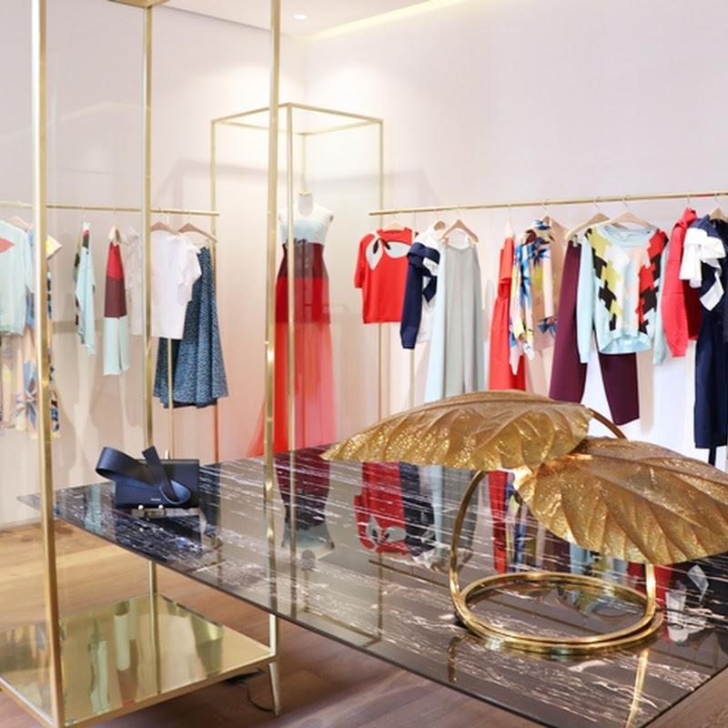 スペイン生まれのカラフルでフェミニンなデザインのお洋服が揃うデルポソ(DELPOZO)