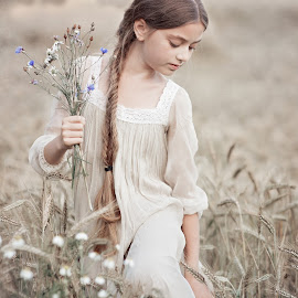 summer by Danuta Czapka - Babies & Children Child Portraits ( natural light, location, summer, photography, portrait,  )