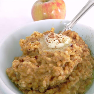 Healthy Pumpkin Oatmeal in the slow cooker