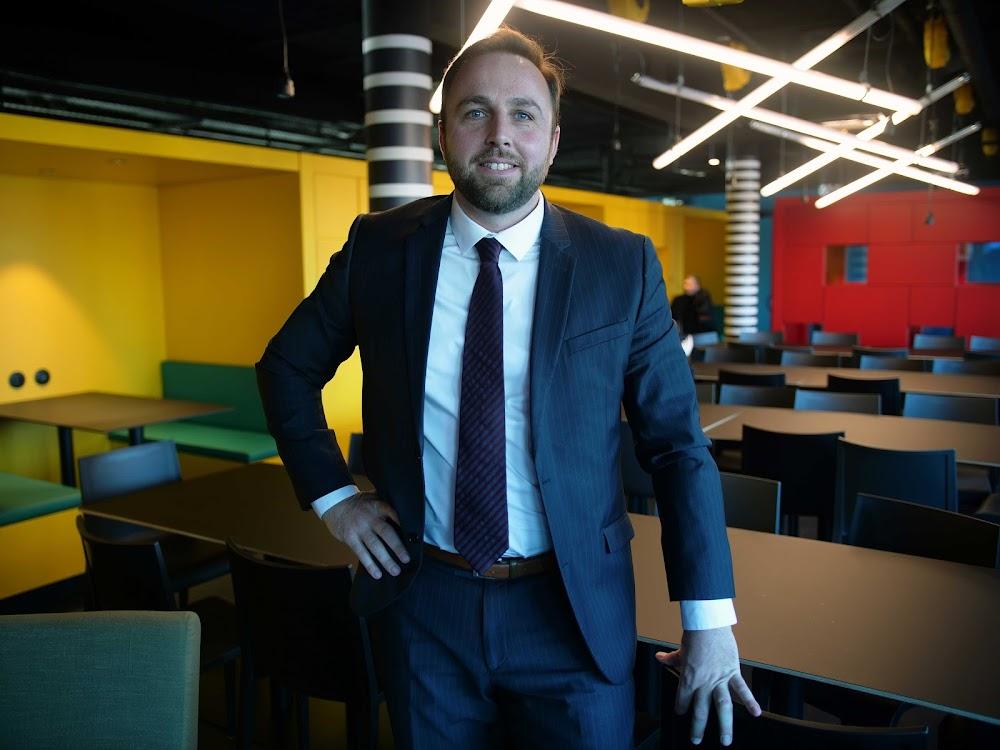 Nicolas, Directeur d'agence